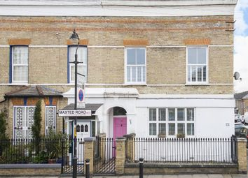 2 bed maisonette for sale in Maxted Road, Peckham, London SE15