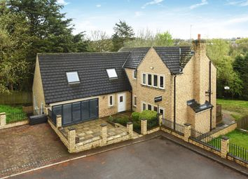 Thumbnail 5 bedroom detached house for sale in Rufford Gardens, Yeadon, Leeds