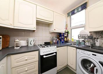 Thumbnail Flat for sale in Sedgemere Avenue, East Finchley, London