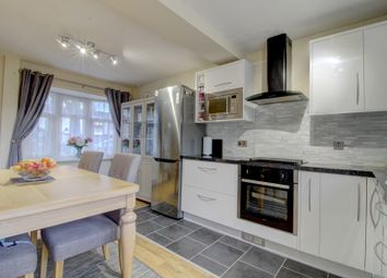 2 bed semi-detached house for sale in Neville Shaw, Basildon SS14