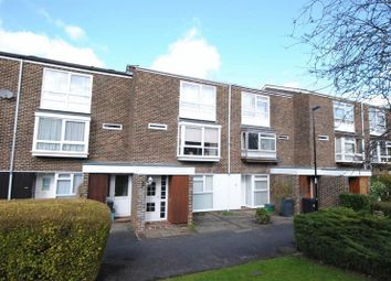 Thumbnail 2 bed maisonette for sale in Cordrey Gardens, Coulsdon