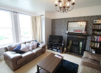 Thumbnail 2 bed flat to rent in Avenue Road, Wallington