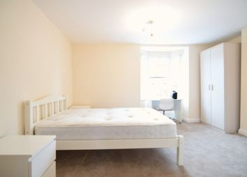 Thumbnail 5 bed flat to rent in York Place, Brighton