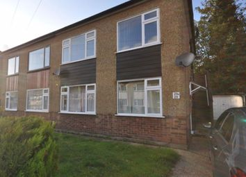 2 bed maisonette to rent in Queens Park Road, Harold Wood, Romford RM3
