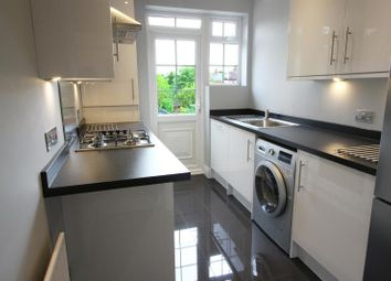 Thumbnail 2 bedroom flat to rent in Park View Court, Park View Road, Finchley, London