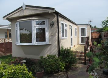 Thumbnail 1 bed mobile/park home for sale in Grange Farm Estate (Ref 6002), Shepperton, Surrey