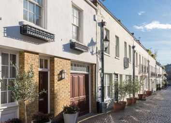 Thumbnail 3 bed mews house to rent in Ennismore Mews, Knightsbridge