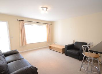 Thumbnail 2 bedroom flat to rent in Briants Avenue, Caversham, Reading