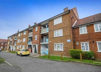 Thumbnail 2 bed flat to rent in Bryden Close, London