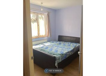 Room to rent in Braintree Road, Ruislip Manor, Ruislip HA4
