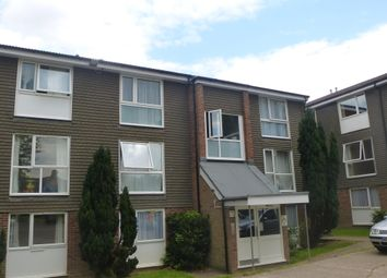 Thumbnail 1 bed flat to rent in Cuffley Court, Hemel Hempstead