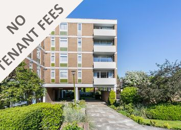 Thumbnail 2 bed flat to rent in High Road, Chigwell