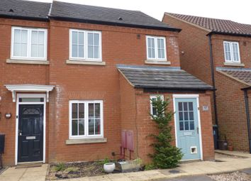 3 bed end terrace house for sale in Langley Gardens, Potton SG19