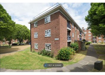 Thumbnail 3 bed flat to rent in Edensor Gardens, Chiswick