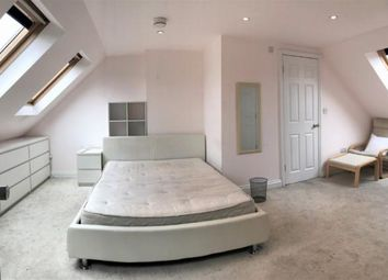 Thumbnail Studio to rent in Evelyn Road, London