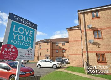 Thumbnail 2 bedroom flat for sale in Oberon Grove, Wednesbury