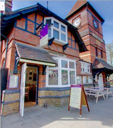 Thumbnail Restaurant/cafe for sale in High Street, Ongar