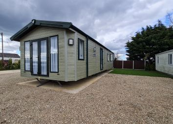 Thumbnail Mobile/park home for sale in New River Bank, Littleport, Ely