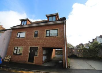 Thumbnail 2 bed flat to rent in Dover Street, Swindon
