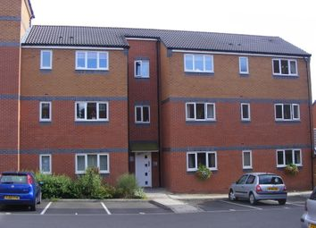 Thumbnail 2 bedroom flat to rent in Peel Drive, Wilnecote, Tamworth
