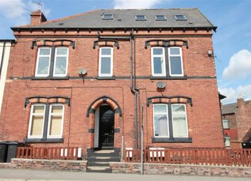 2 bed flat for sale in Whingate Road, Armley LS12