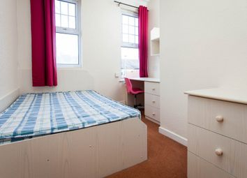 Thumbnail 2 bedroom flat to rent in Headingley Mount, Headingley