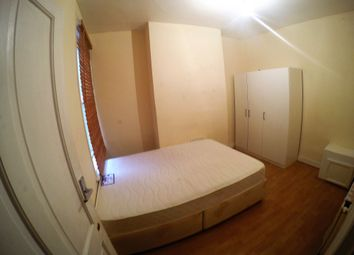 Thumbnail Room to rent in Totterdown Street, Tooting Broadway - London