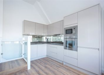 Thumbnail 1 bed flat to rent in Raglan House 8-12, Queens Avenue, London