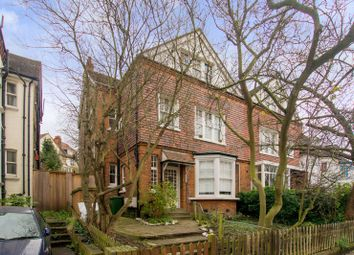 Thumbnail 3 bed flat to rent in Platts Lane, Hampstead