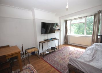 2 bed maisonette to rent in Eversleigh Road, Finchley N3