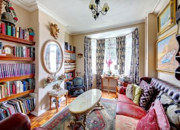 Thumbnail Property for sale in Lessingham Avenue, London