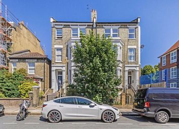Coverdale Road, London W12. 3 bed flat