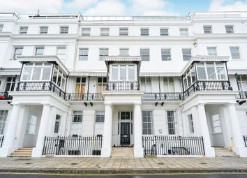 2 bed flat to rent in Chichester Terrace, Brighton BN2