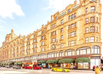 Thumbnail 4 bed flat to rent in Princes Court, 88 Brompton Road
