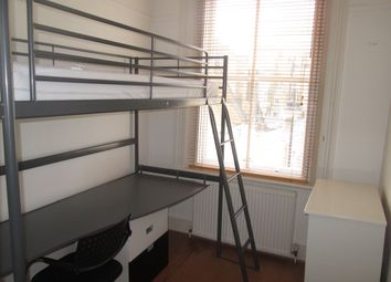 Thumbnail Room to rent in South Kensington / Gloucester Rd / Hyde Park / Central London, Central London