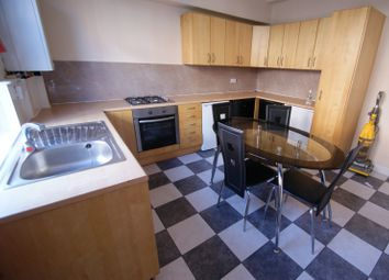 Thumbnail 5 bed terraced house to rent in Harold Terrace, Hyde Park, Leeds
