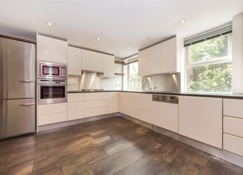 Thumbnail 4 bed property to rent in Bracknell Gardens, London