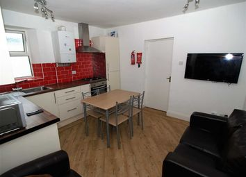 Thumbnail 3 bedroom flat to rent in Evelyn Place, Plymouth