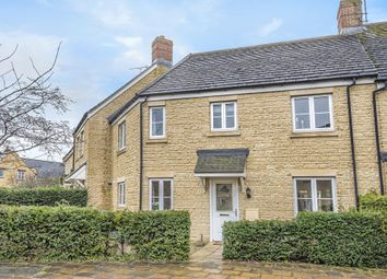 3 bed terraced house for sale in Waterford Road, Witney OX28