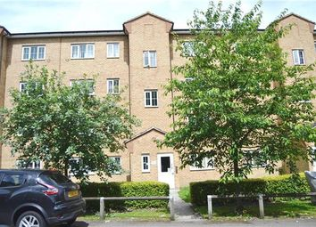 Thumbnail 2 bedroom flat to rent in Gidea Park, Romford