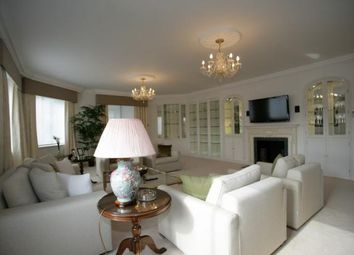Thumbnail 1 bed flat to rent in Arlington House, Arlington Street, Mayfair