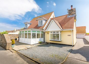 Thumbnail 4 bed semi-detached house for sale in Rue De La Ronde Cheminee, Castel, Guernsey