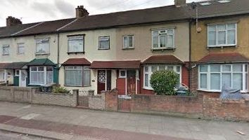Thumbnail 4 bed duplex to rent in Boundary Road, Plaistow