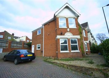 Thumbnail 2 bedroom flat to rent in Wilton Avenue, Polygon, Southampton