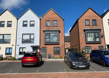 Thumbnail 3 bed end terrace house to rent in Y Rhodfa, Barry
