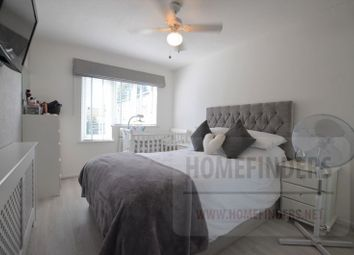 Thumbnail 1 bed flat for sale in Stephan Close, London Fields