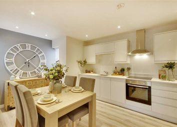 Thumbnail 2 bed flat for sale in Burnside Court, Tunbridge Wells, Kent