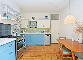 Thumbnail 1 bed flat to rent in Newton Avenue, South Acton, London