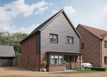 Thumbnail 3 bed detached house for sale in Town Road, Cliffe Woods