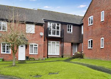 Thumbnail 1 bedroom flat to rent in Freemans Close, Hungerford, Berkshire